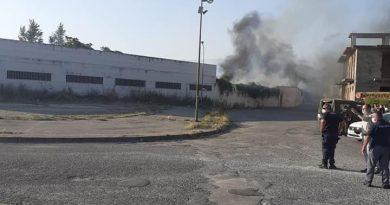 """Nola, incendio piazza D'Armi. L'amministrazione non ha richiesto alcuna analisi all'Arpac. Raffaele Parisi """"Il sindaco revochi la delega all'Ambiente all'assessore Pizzella"""""""