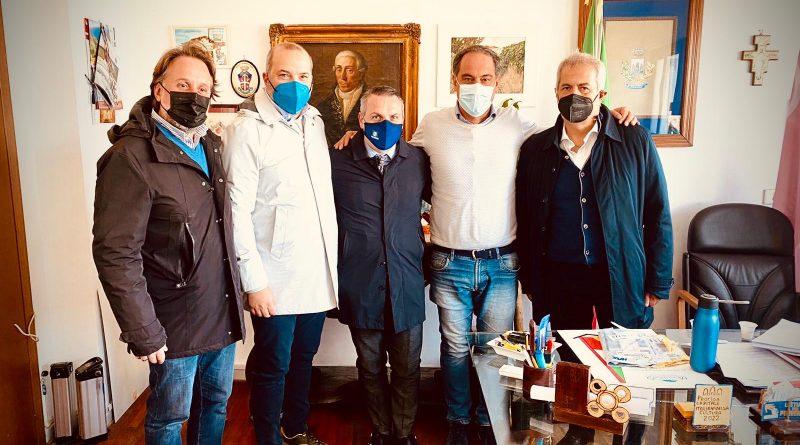 Procida Capitale della Cultura italiana: Nola donerà una natività in cartapesta